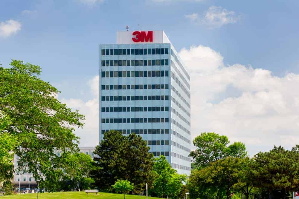 Sell Stock of the Month: 3M Co (MMM)